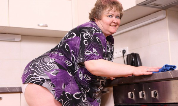 Big babe on kitchen